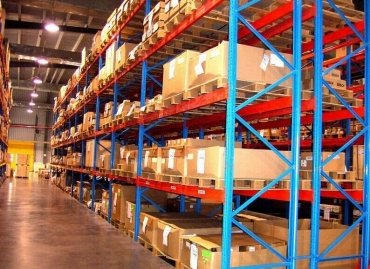 Conventional pallet racking